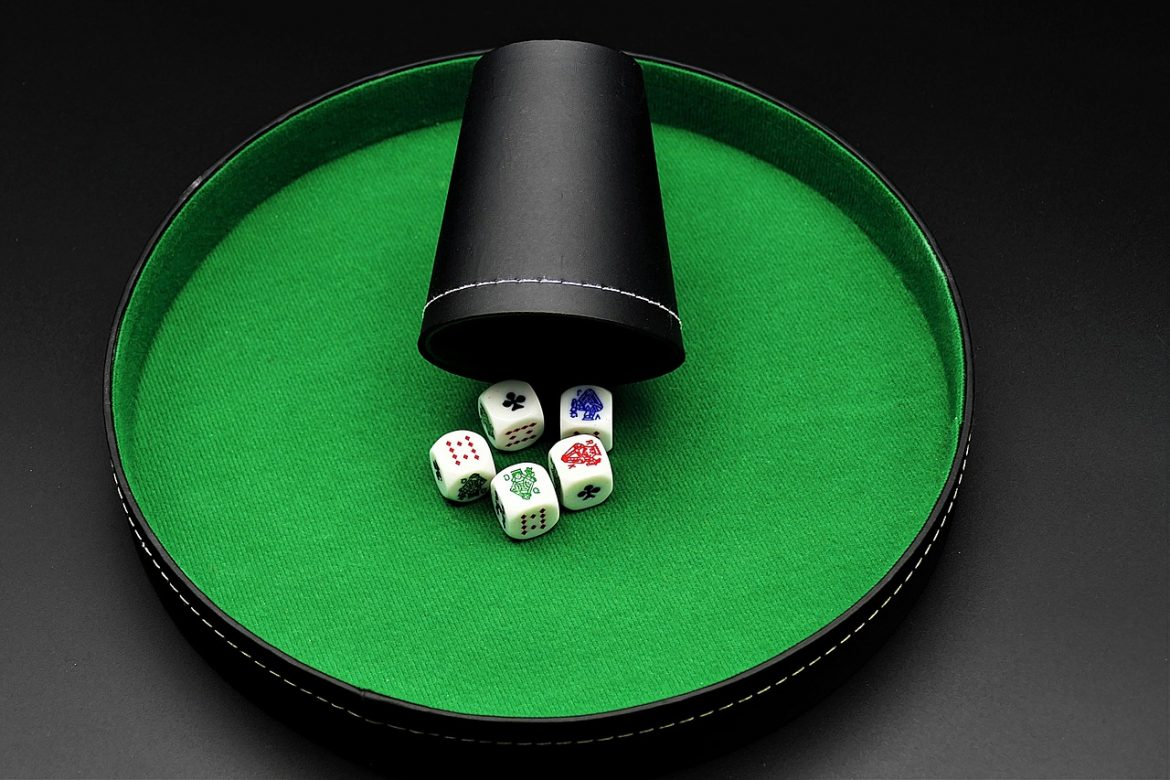 How to Play Online Poker Games